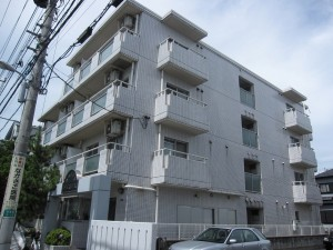 view of an apartment building in Ichikawa