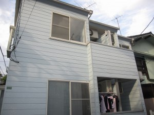 a secondhand apartment building for investment 2