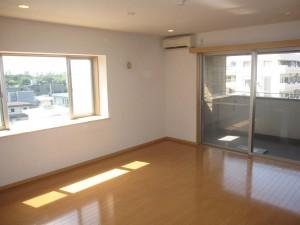 Land Minamiaoyama Living Room