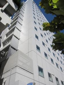 a new, bargain hotel in Shinjuku for sale