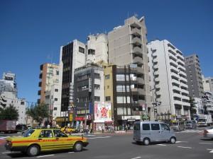 view from Shinjuku 7-chome crossing 4