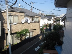 a residential neighborhood of Omori