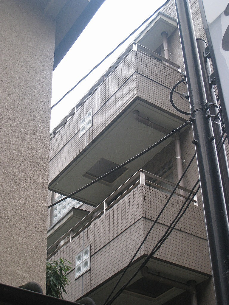 a bargain property in Akasaka 3