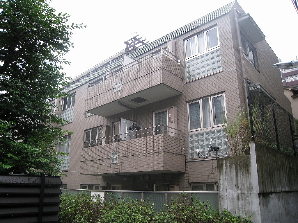 a bargain property in Akasaka 2