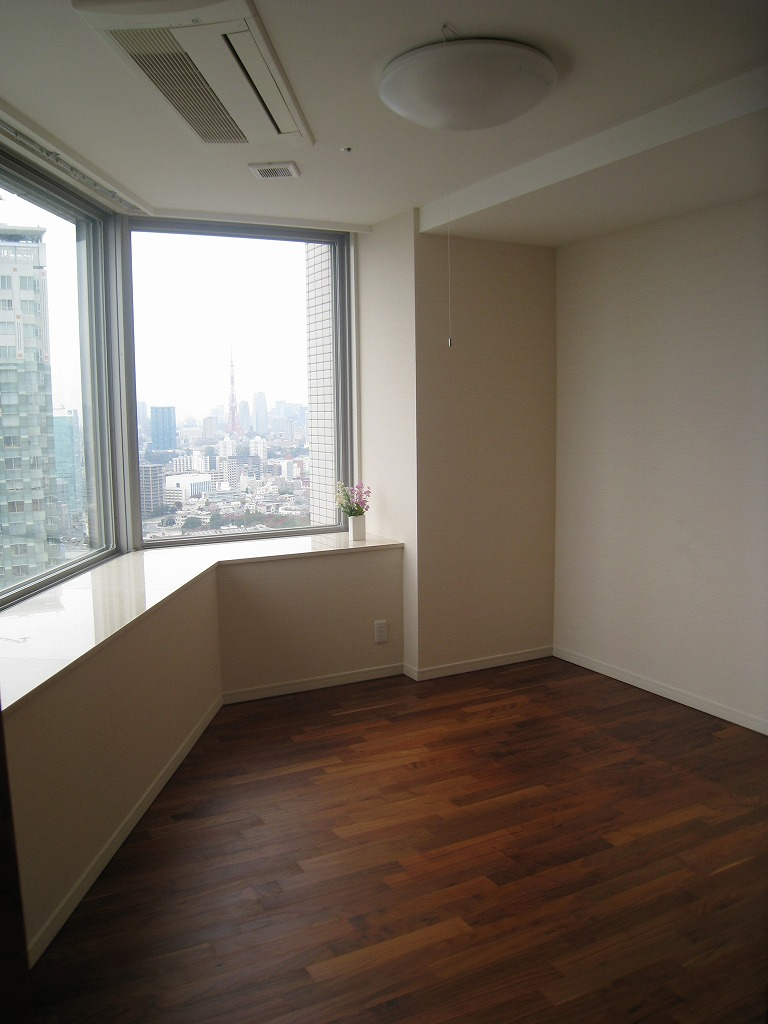 High Rise Apartment Inside november « 2009 « are you looking for real-estate for sale in japan?