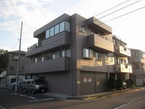 apartments + retail in Mizue