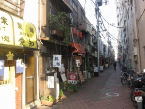 a row of old restaurants back of Kameido station