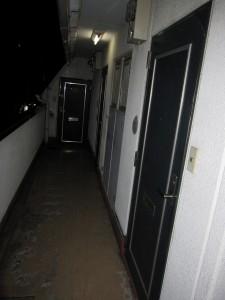 corridor (4th floor)